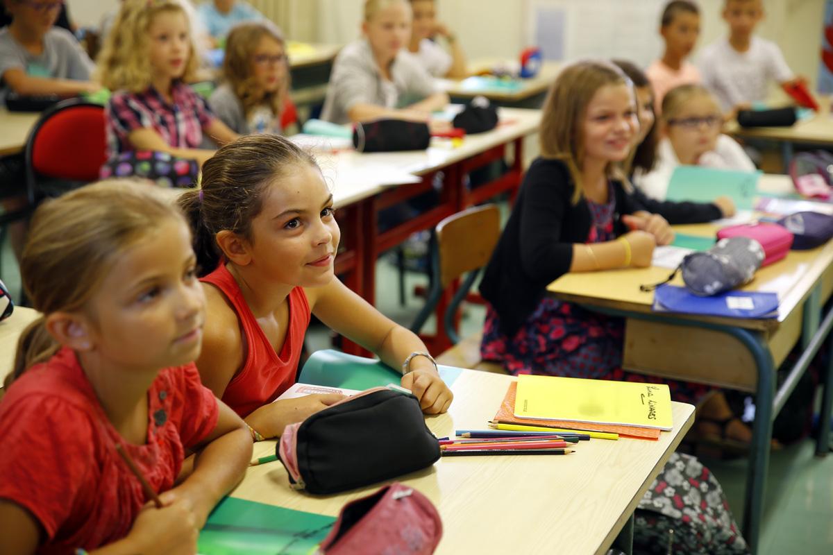 EDUCATION_ECOLE_FRONTIGAN