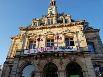Hôtel de Ville - A VEndre